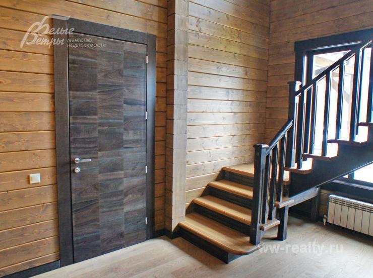Деревянные лестницы в Краснодаре на заказ от Производителя